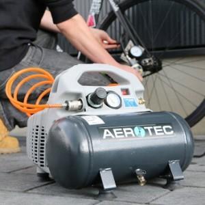 Aerotec Airliner Silent beim Aufpumpen eines Fahrradreifens.