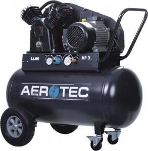 Kompressor Aerotec 500 90 in der Totalen.