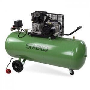Kompressor samt 10 bar Druck und 200 Liter Kessel von Stabilo.